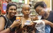 Shandukani Mulaudzi and Nolwazi Mjwara sipping on some green tea, while Dimesh Balliah sticks to Fanta Orange *side eyes*