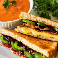 BLACKBERRY-BACON GRILLED CHEESE