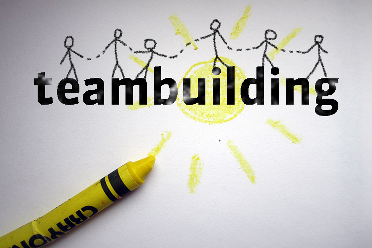 Team building by sketchnoting