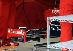 Nice detail of the foils on the F138 front wing