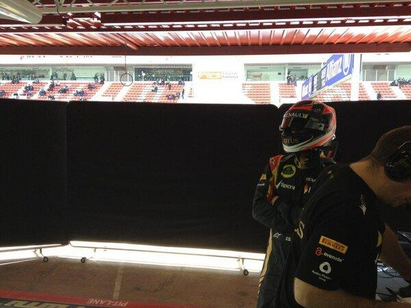 8 mins to lunch in Kimi's ready...is the car?