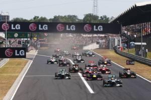 2013 Hungarian Grand Prix Start © Im a Die Hard F1 Fan