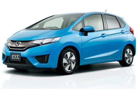 2015-honda-fit-hybrid-front-three-quarters2