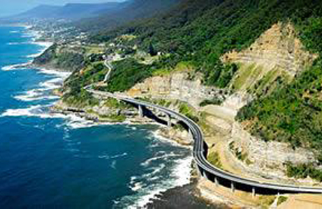 04-grand-pacific-drive-01-sea-cliff-bridge