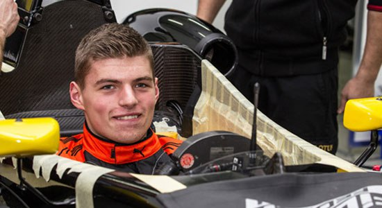 max-verstappen-seat-fitting