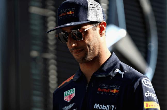 Ricciardo  blackmails  Red Bull using Lewis - RB Honda announcement ... 0f76b488a28a