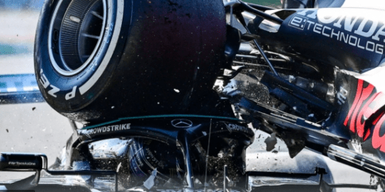 Another former F1 Champion lays into the Verstappen Hamilton crash