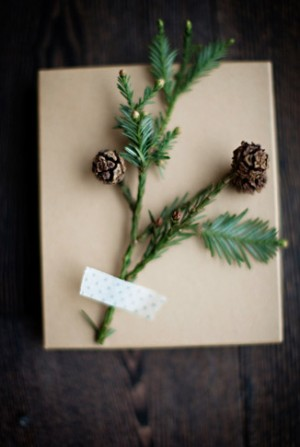 gift-wrapping-ideas-300x447