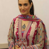 Nadia Hussain Pakistani hot actress