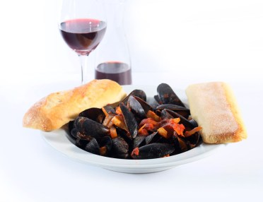 mussesls, seafood, dinner entrees, Greek restaurant in Niagara Falls, Mediterranean restaurant in Niagara Falls