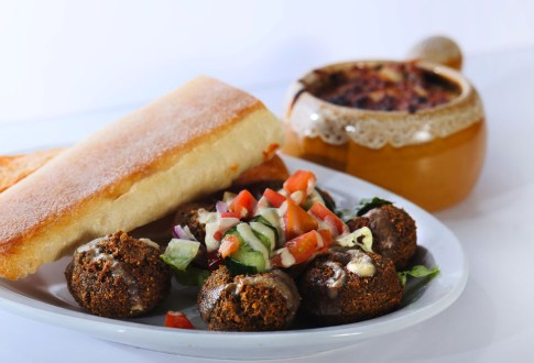 falafel, Greek food in Niagara, Mediterranean food in Niagara