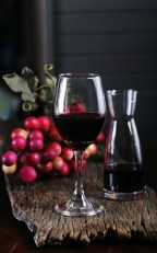 red wines, dinner and drinks, best restaurants in Niagara, Greek restaurant in Niagara Falls, where to eat out in Niagara