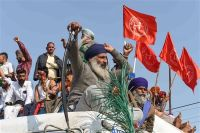 Transporters threaten to halt operations in North India from Dec 8 in support of agitating farmers