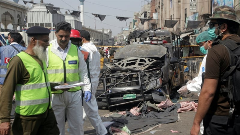 10 killed in suicide attack outside Data Darbar shrine in Lahore