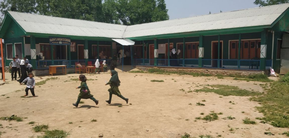 Over 110 students study in six room school in Mitrigam Pulwama