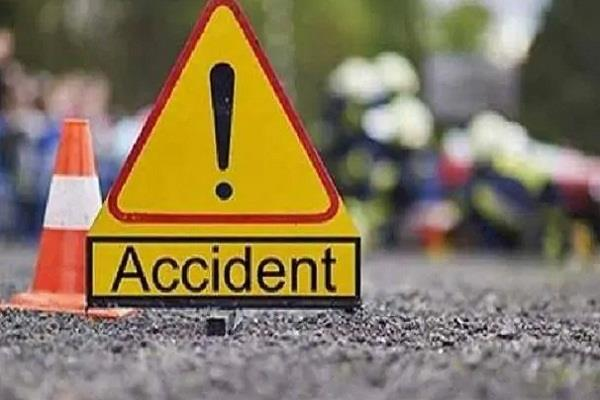 8-9 persons missing, cop rescued as vehicle plunges into Chenab river in Ramban