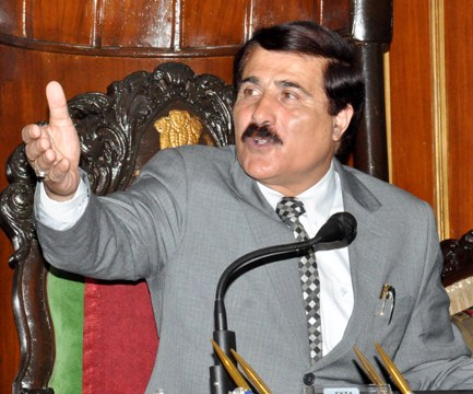 Gul deplores housing of forces personnel at MMC Hospital Noorbagh