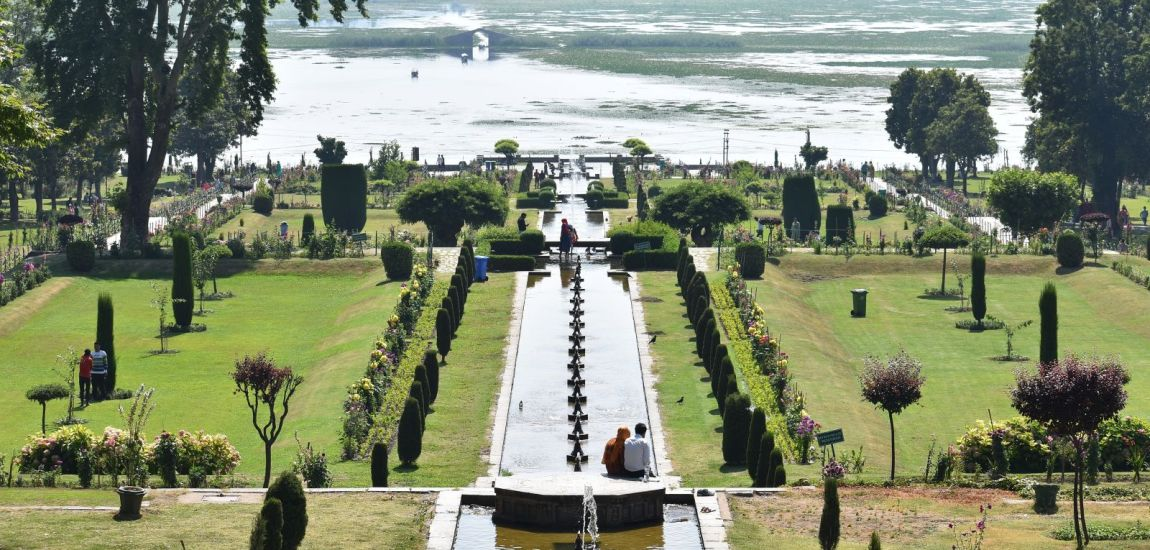 Covid or no Covid, Kashmir's beauty remains mesmerizing…