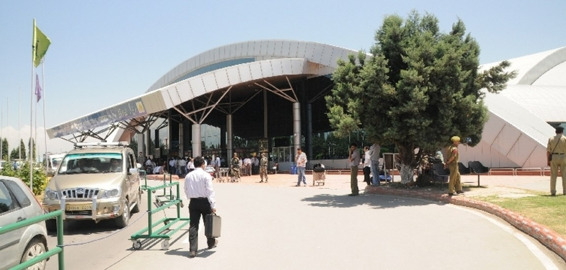 Day 75: Jammu, Srinagar Airports receive 2,924 passengers