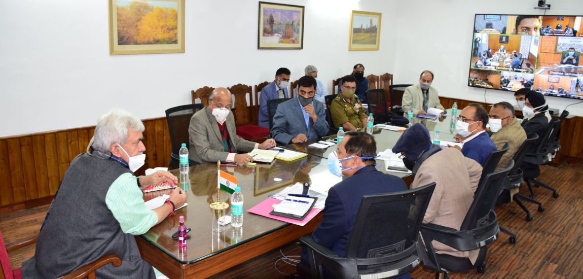 LG reviews winter preparedness, asks officers to minimize people's difficulties