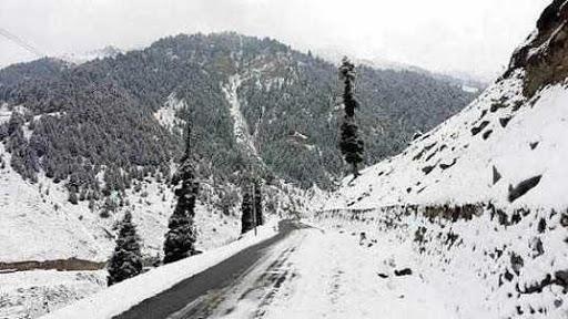 Traffic resumes on Karnah road