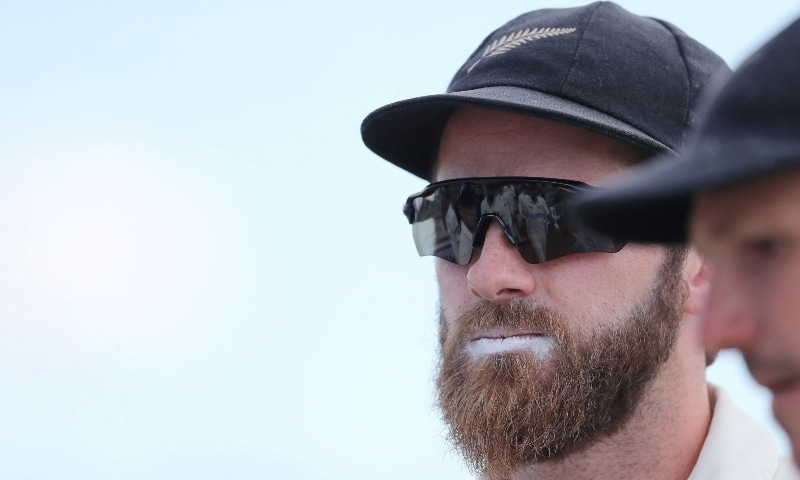 Williamson back at top of ICC rankings