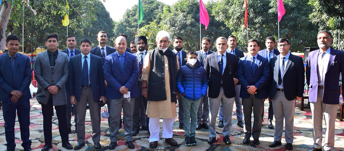 J&K Police among the country's best: LG