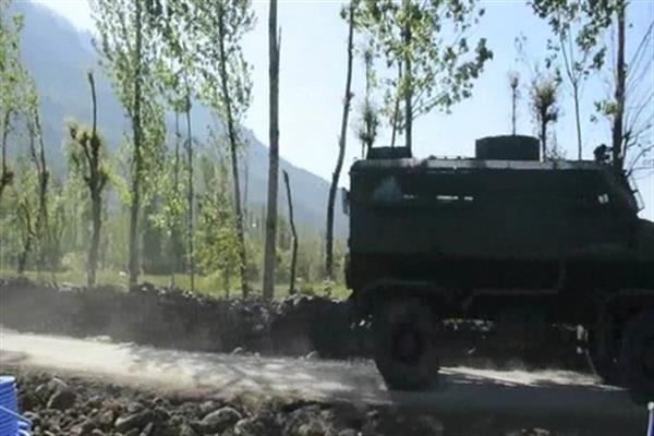 Six including top Jaish commander killed in Tral gunbattle