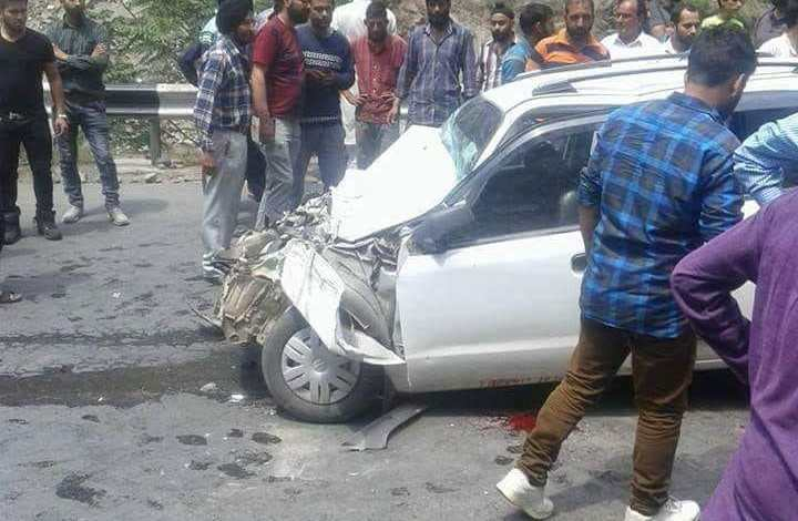 Kashmir: One killed, three injured in road accident in Banihal