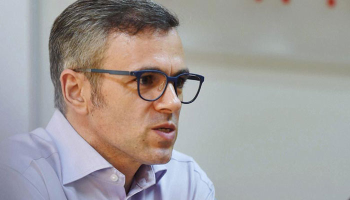 Omar hits out at Hurriyat  over 'selective outrage'