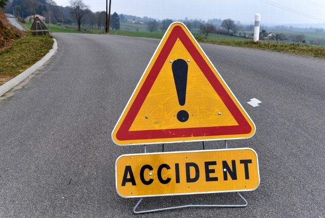 One killed, nine injured in Rajouri road accidents