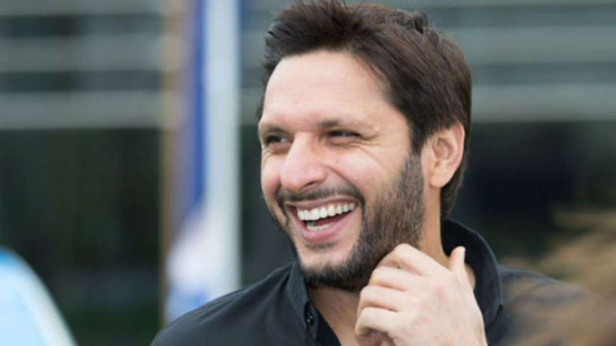 Let Kashmiris decide what they want: Afridi stuns Gambhir during live show
