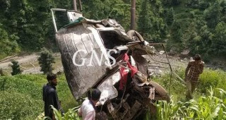 4 members of a family killed in Banihal road mishap, 3 injured