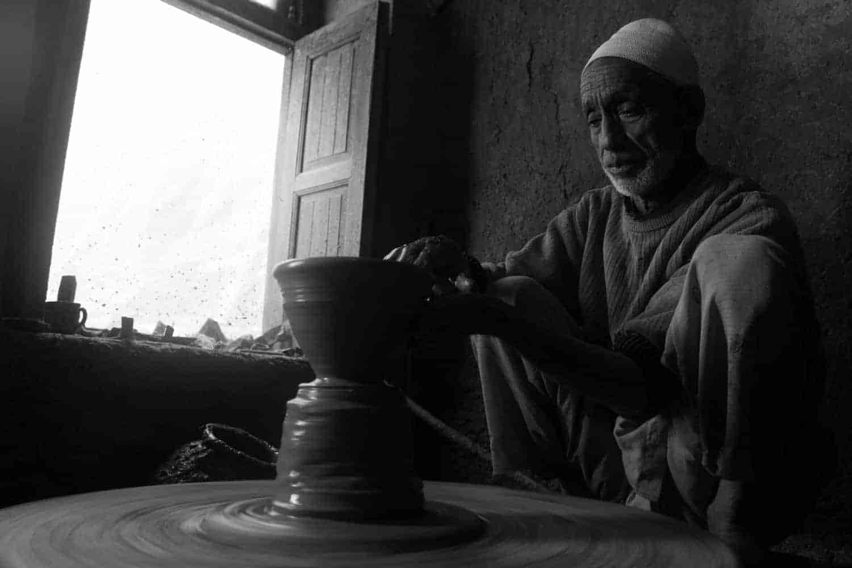 Dying craft of pottery | kashmir news | Kashmir Walla