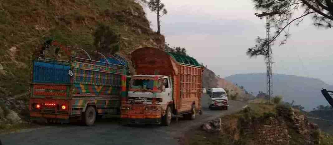 pakistan-administered kashmir, kashmir, across loc, line of control, azad kashmir, jammu and kashmir, azad kashmir transport
