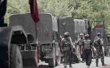 Kashmir, kashmir convoy, indian army convoy, kashmir indian army,