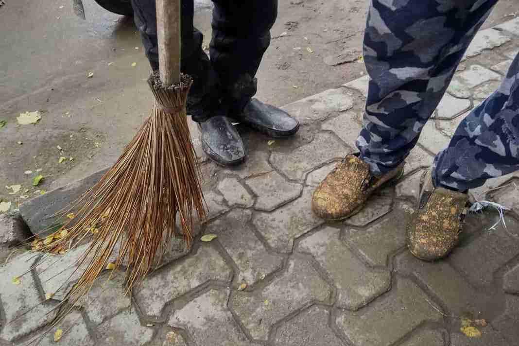 Kashmir, sweeper, SMC kashmir, Kashmir SMC,