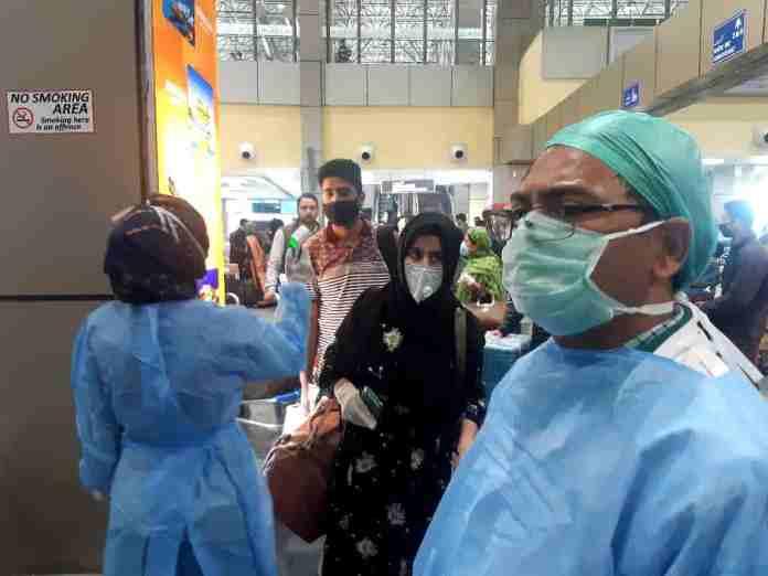 coronavirus, kashmir coronavirus, srinagar airport screening, kashmir airport