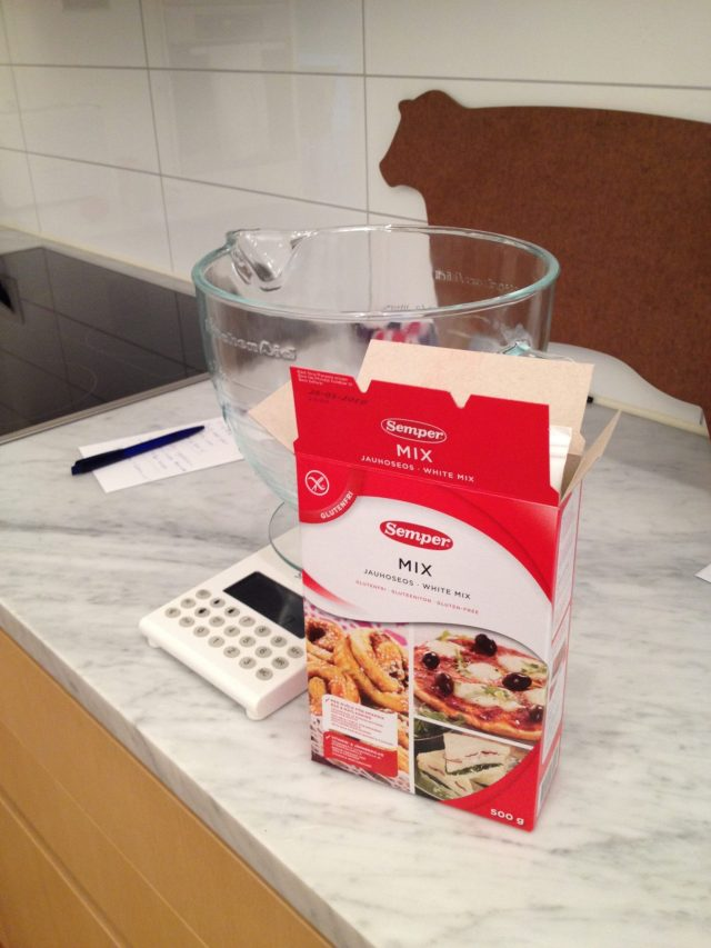 An English Mamma in Stockholm: making gluten free pizza dough