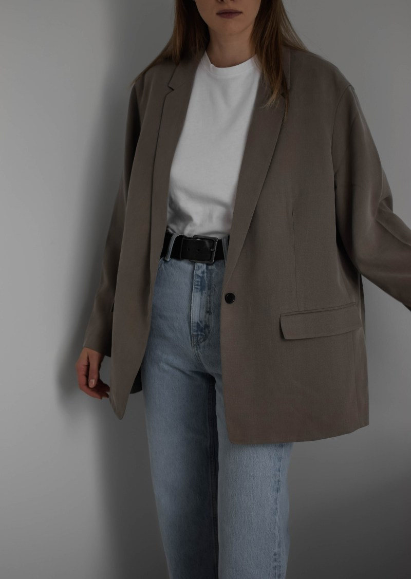 princess diana outfits everlane easy blazer