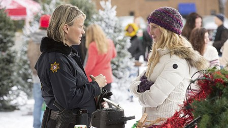 """The Vampire Diaries -- """"Christmas Through Your Eyes"""" -- Image Number: VD610a_0211.jpg -- Pictured (L-R): Marguerite MacIntyre as Sheriff Forbes and Candice Accola as Caroline -- Photo: Bob Mahoney/The CW -- © 2014 The CW Network, LLC. All rights reserved."""