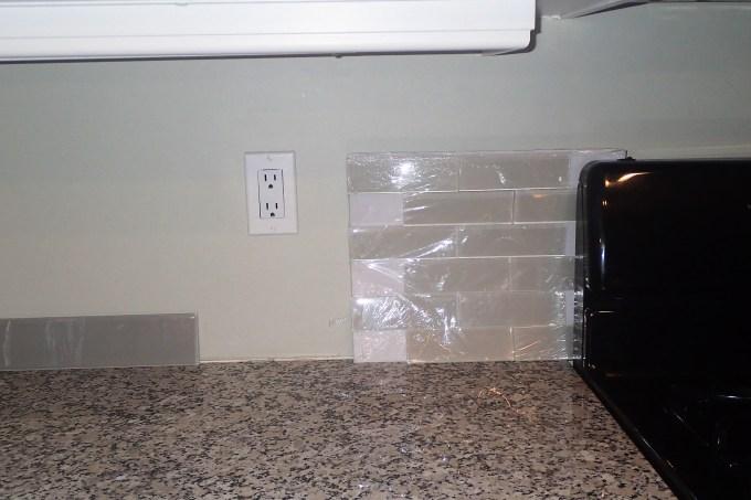 kitchen back splash, glass back splash, new back splash