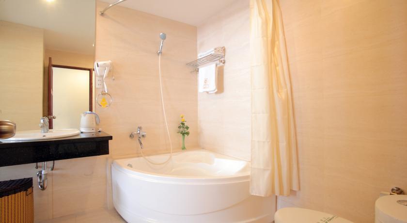Hai-Long-5-Hotel-Suite