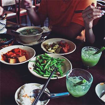 Cuc-Gach-Quan-food