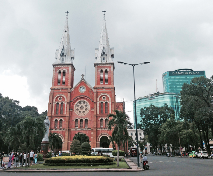 Notre-Dame-Cathedral-Saigon