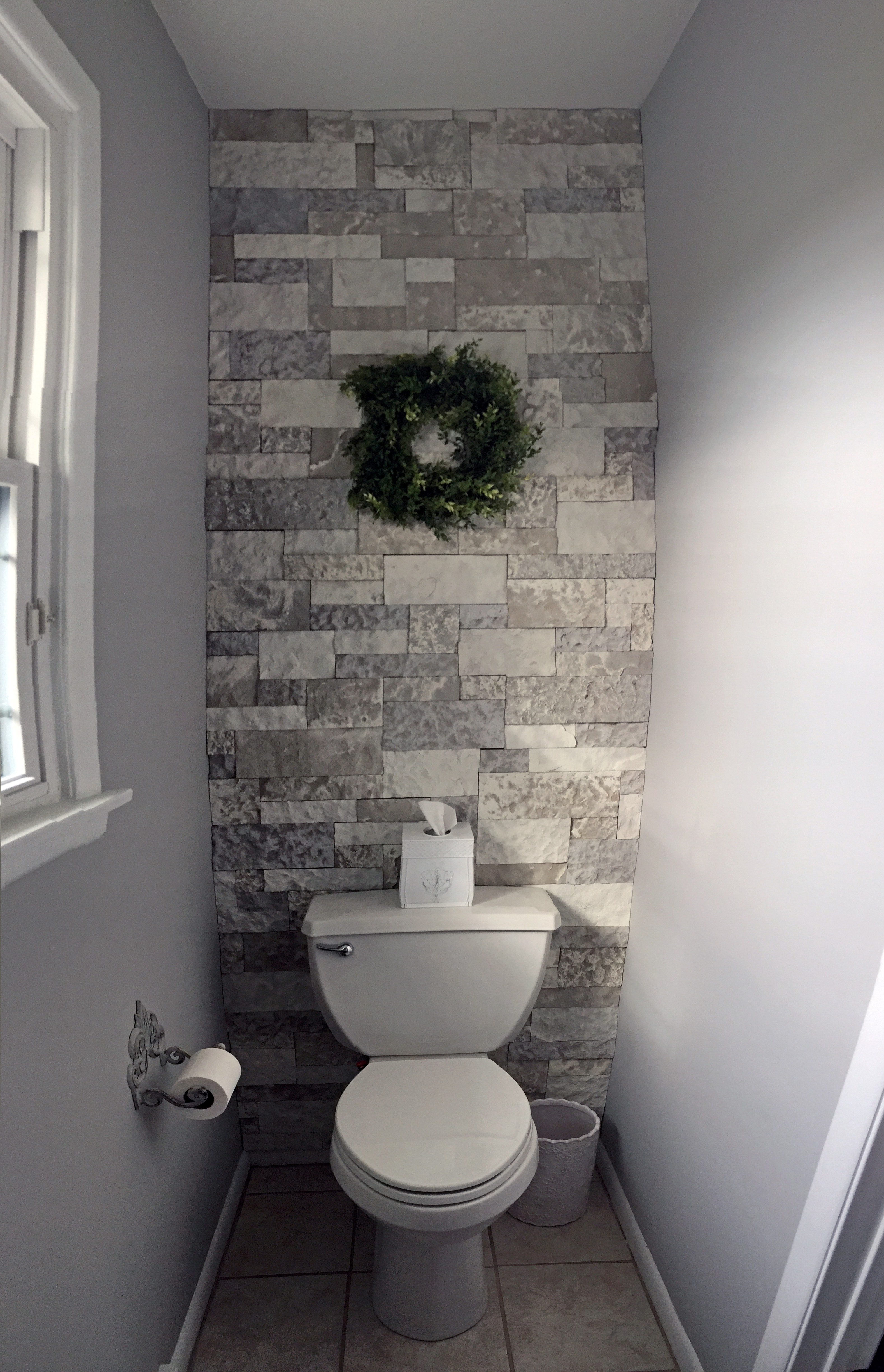 Airstone bathroom accent wall the kelly homestead for Accent wall in bathroom ideas
