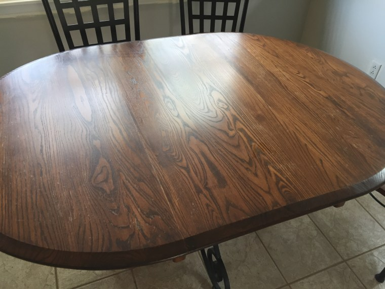 Refinish kitchen table to look like farmhouse table