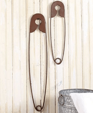 DECORATIVE HANGING SAFETY PINS (2 PACK) - Safe and Durable Large Rustic Color Metal Hang Pin Classic Style Decor for Washing Clothes Laundry Room | Perfect for Additional Wall Decoration at Home