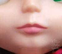 regular lips close up.jpg