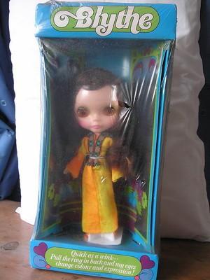 blythe-1970s-boxed-sealed-doll-ring_360_3a60898b4bd277bda1f7d115a78c60b3